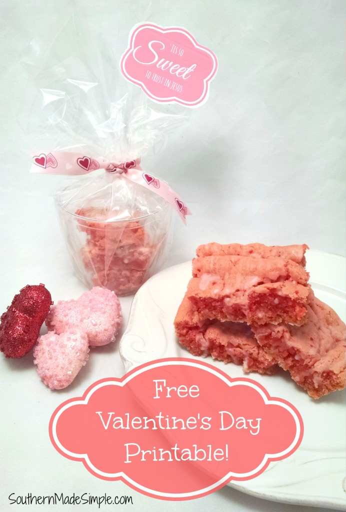 Strawberry Brownies - A perfect Valentine's Day treat! + FREE Printable!
