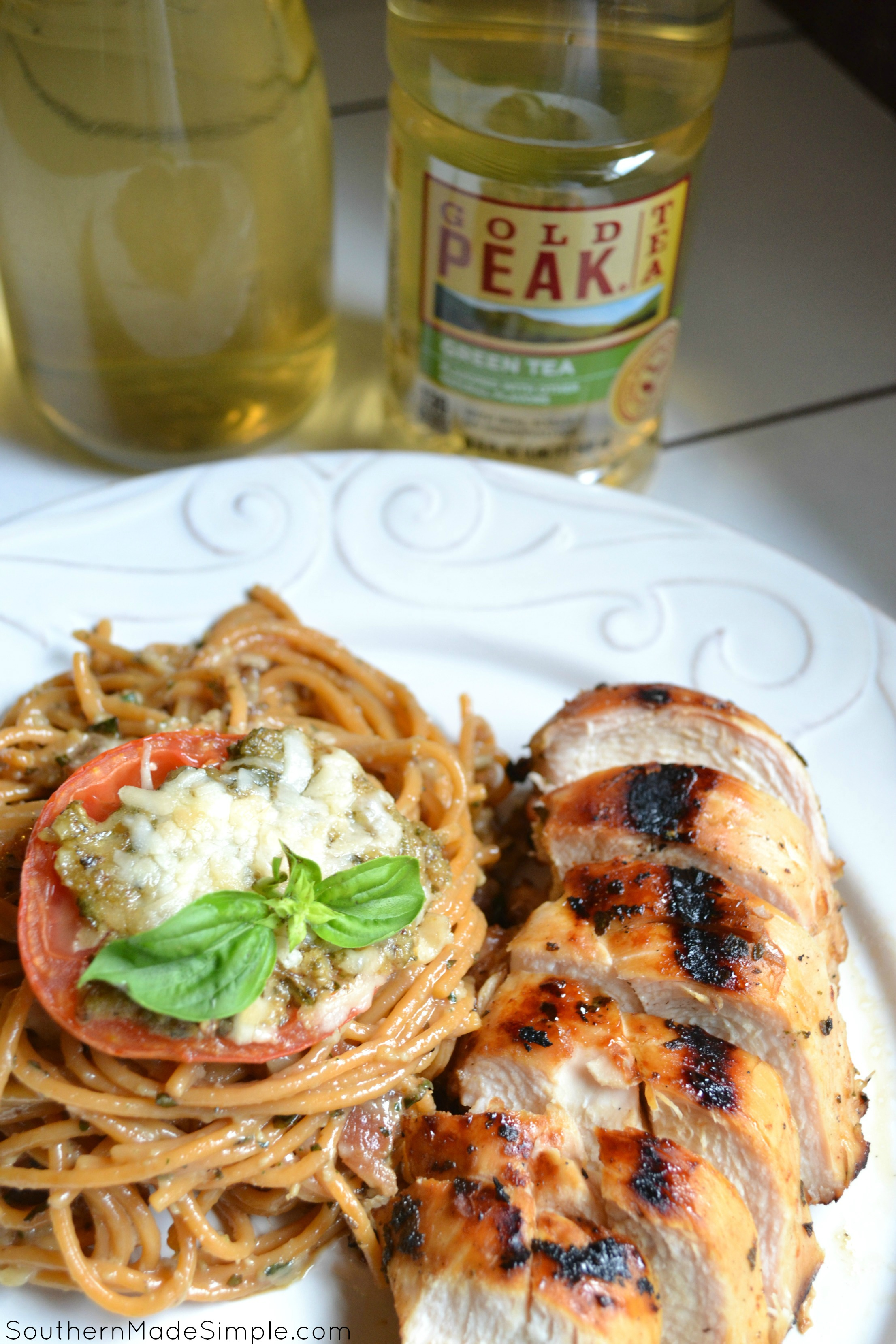 Sweet Tea Chicken with Garden Pesto Spaghetti Carbonara - the PERFECT meal to celebrate sweet summertime! #SummerTastes #ad