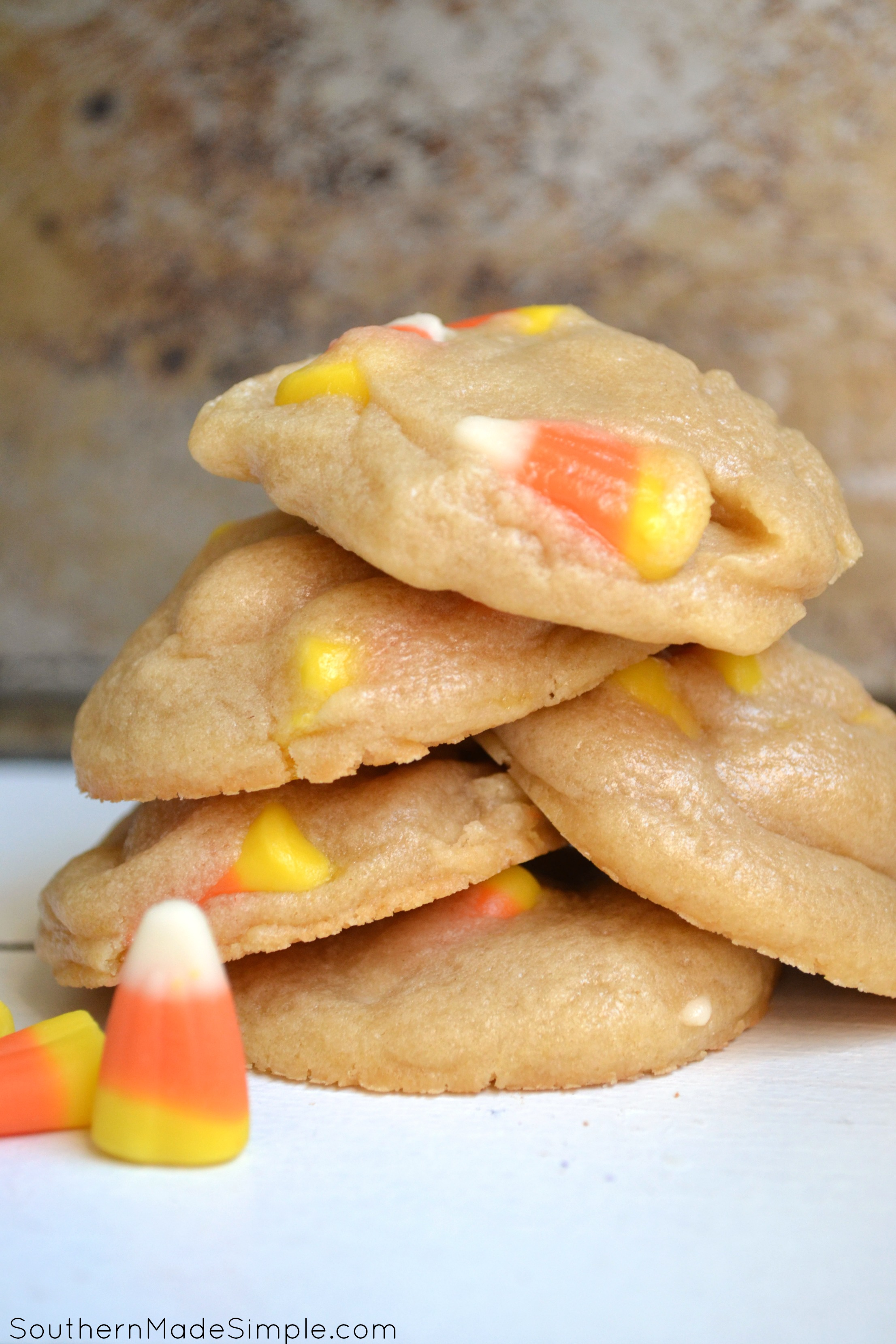 If you're a candy corn fan, you're definitely going to want to try this! This recipe makes the most delicious soft & chewy cookies - and they're perfect to make for a sweet Halloween treat!