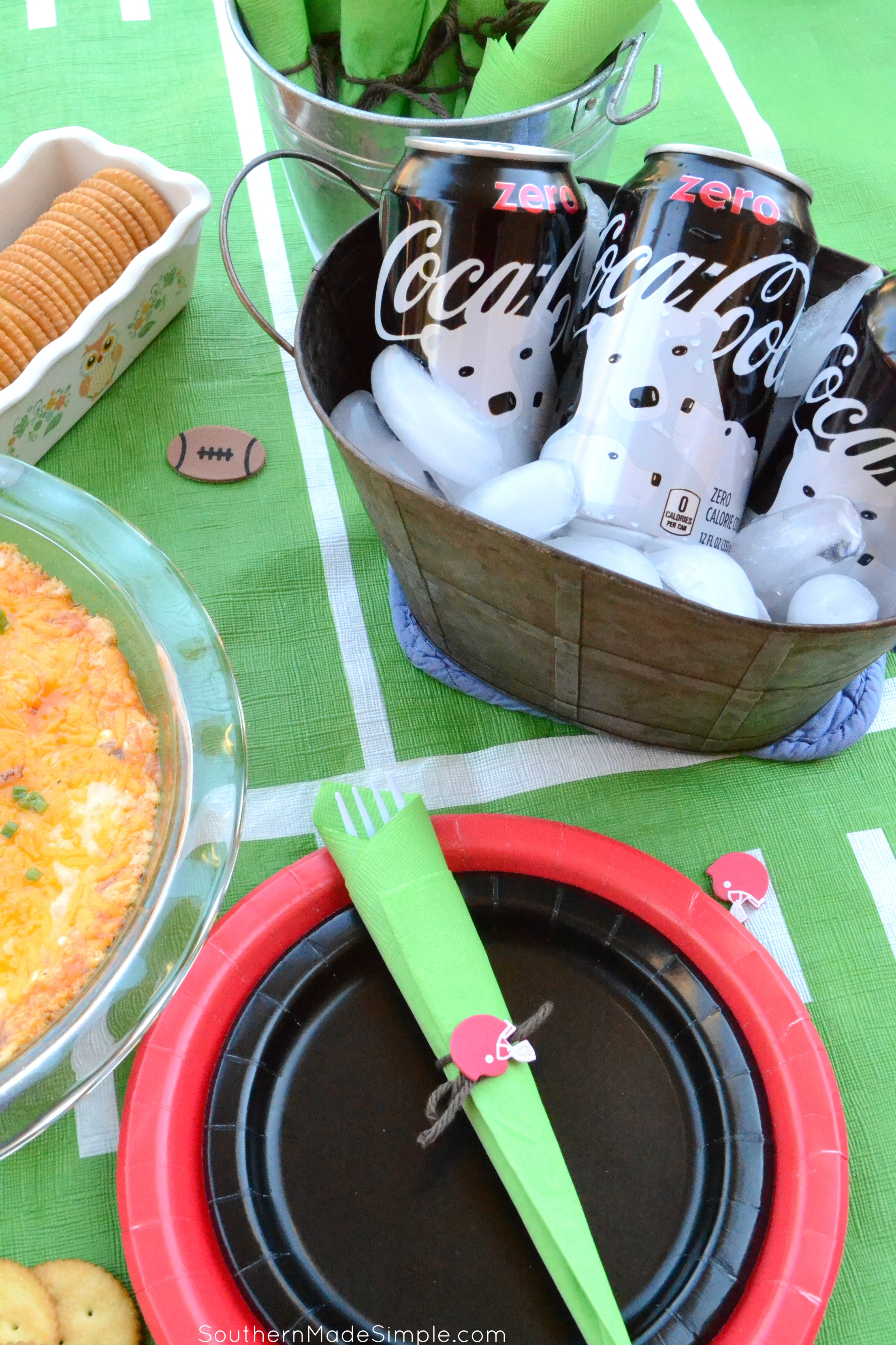 Looking for something easy and delicious to snack on during game day? You've GOT to try this bangin' Buffalo Chicken Bacon Ranch Dip! #DGUnitedByFootball