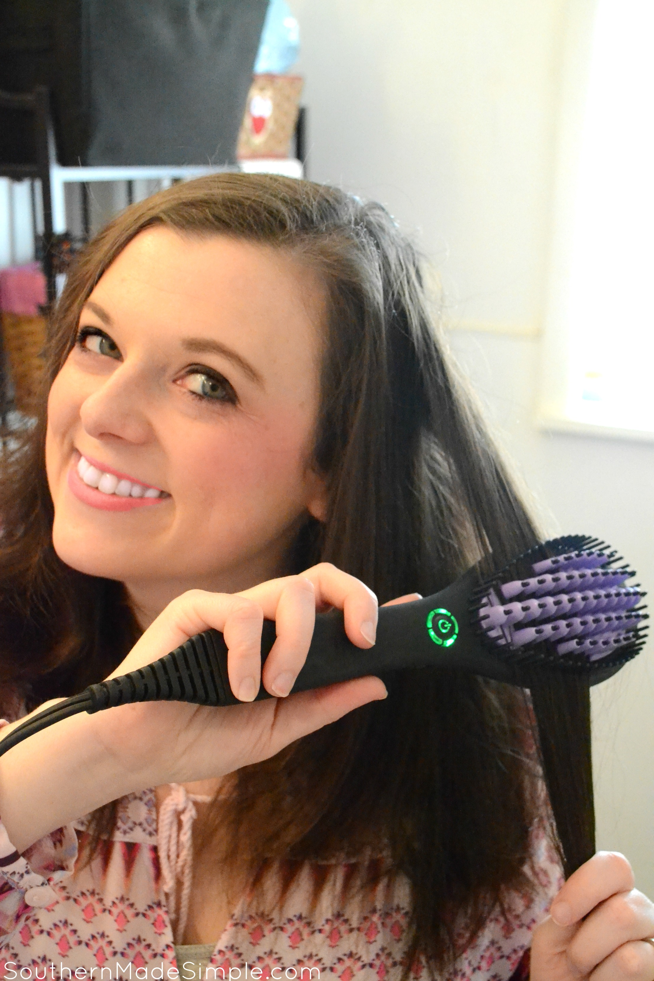 DAFNI Hair Straightening Brush Review