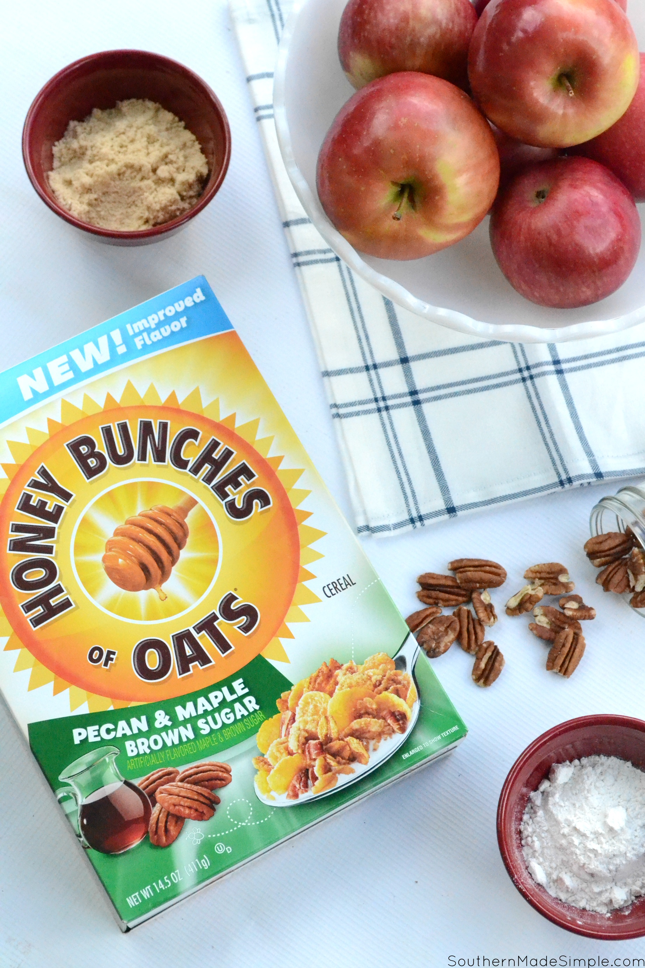 Fall is in full swing, and these Baked Honey Pecan Stuffed Apples are the perfect way to celebrate! Make with Honey Bunches of Oats to give them a crispy crunch topping, you'll want to go back for seconds! #ad