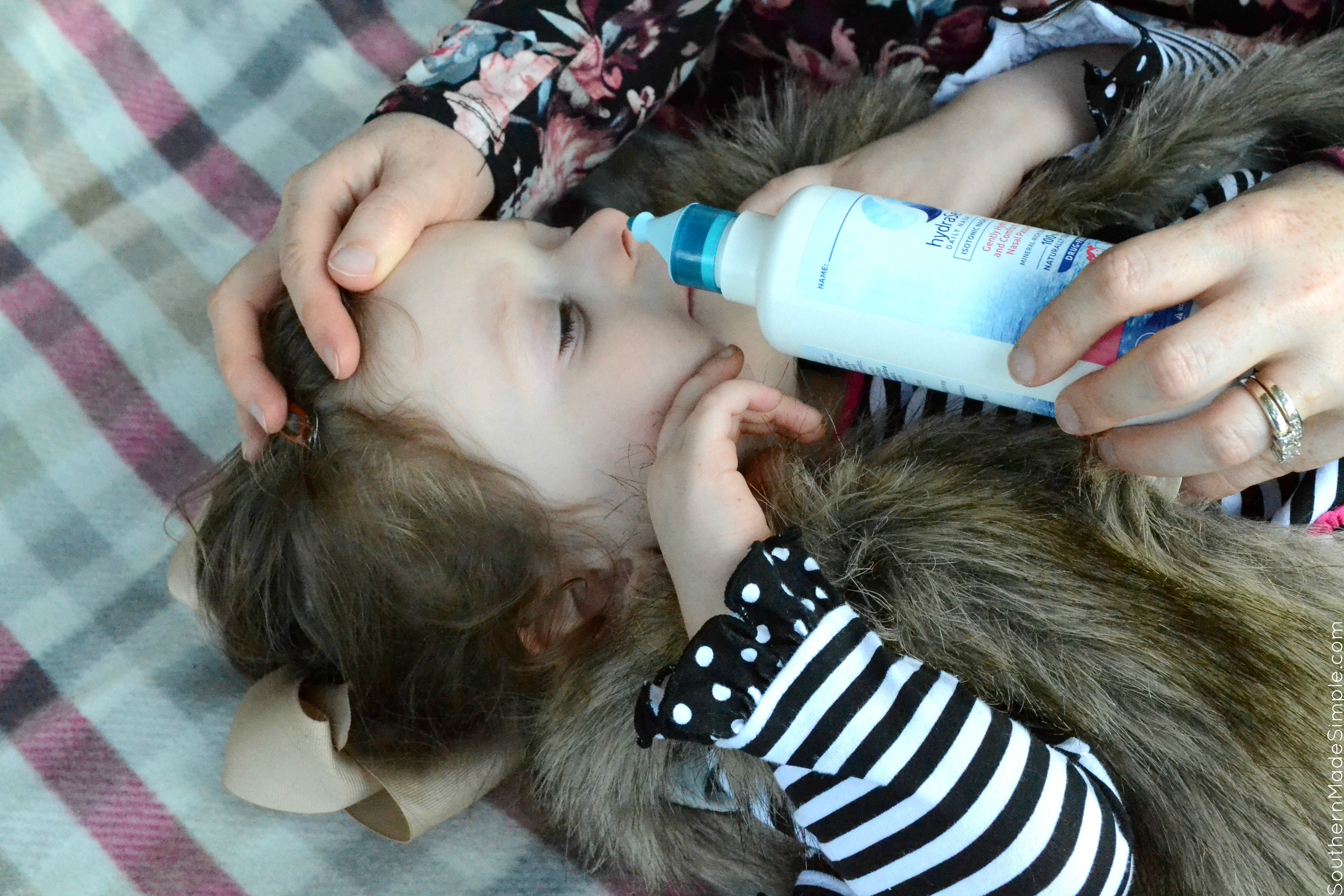 Finding natural and safe solutions for children to fight against cold and flu season are tough to come by. Thankfully, Bayer hydraSense offers a natural, drug free solution to help take care of children's nasal care needs! #hydraSense #IC #ad