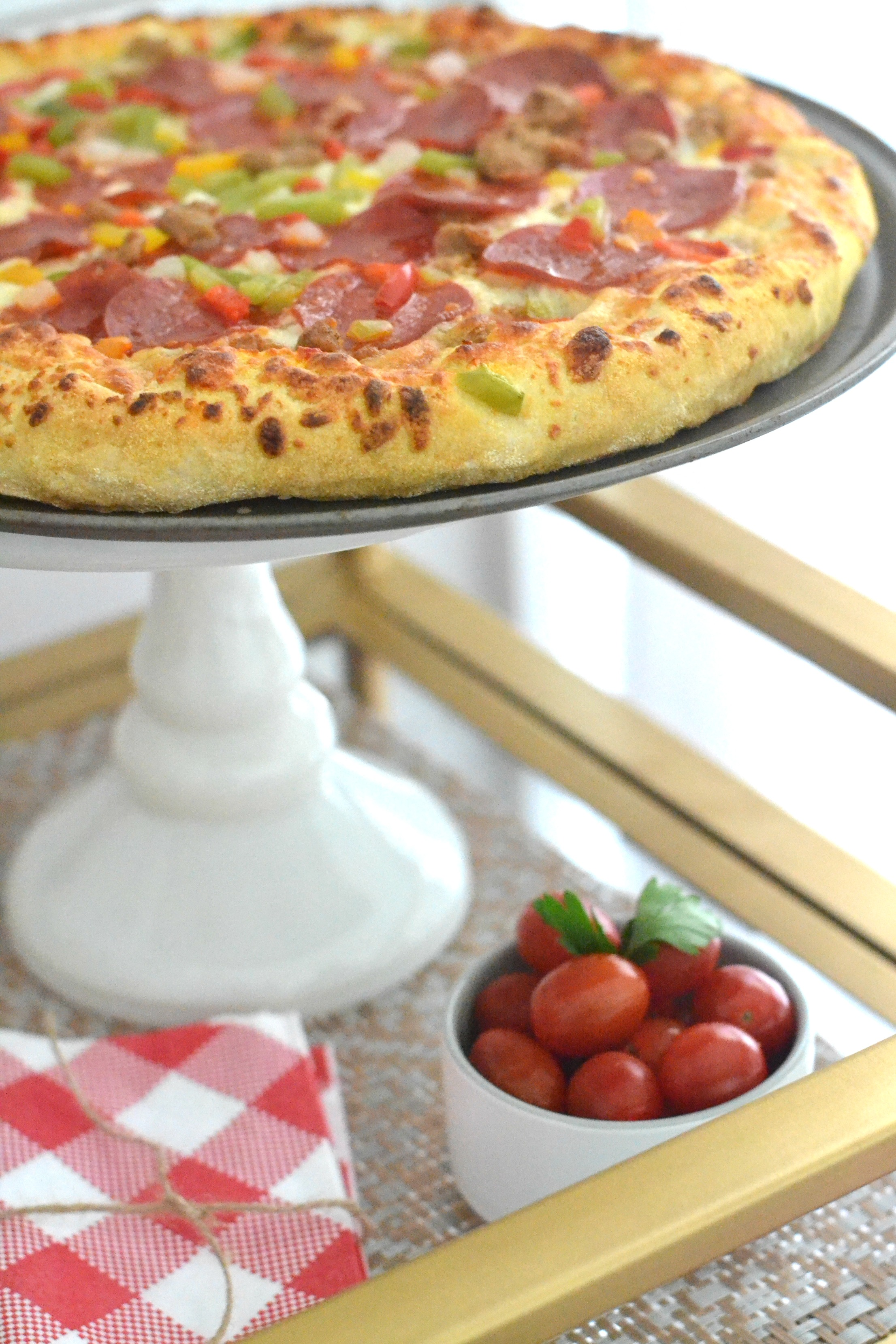 Date Night In: Pizza Party for Two #Ad #FreschettaFresh