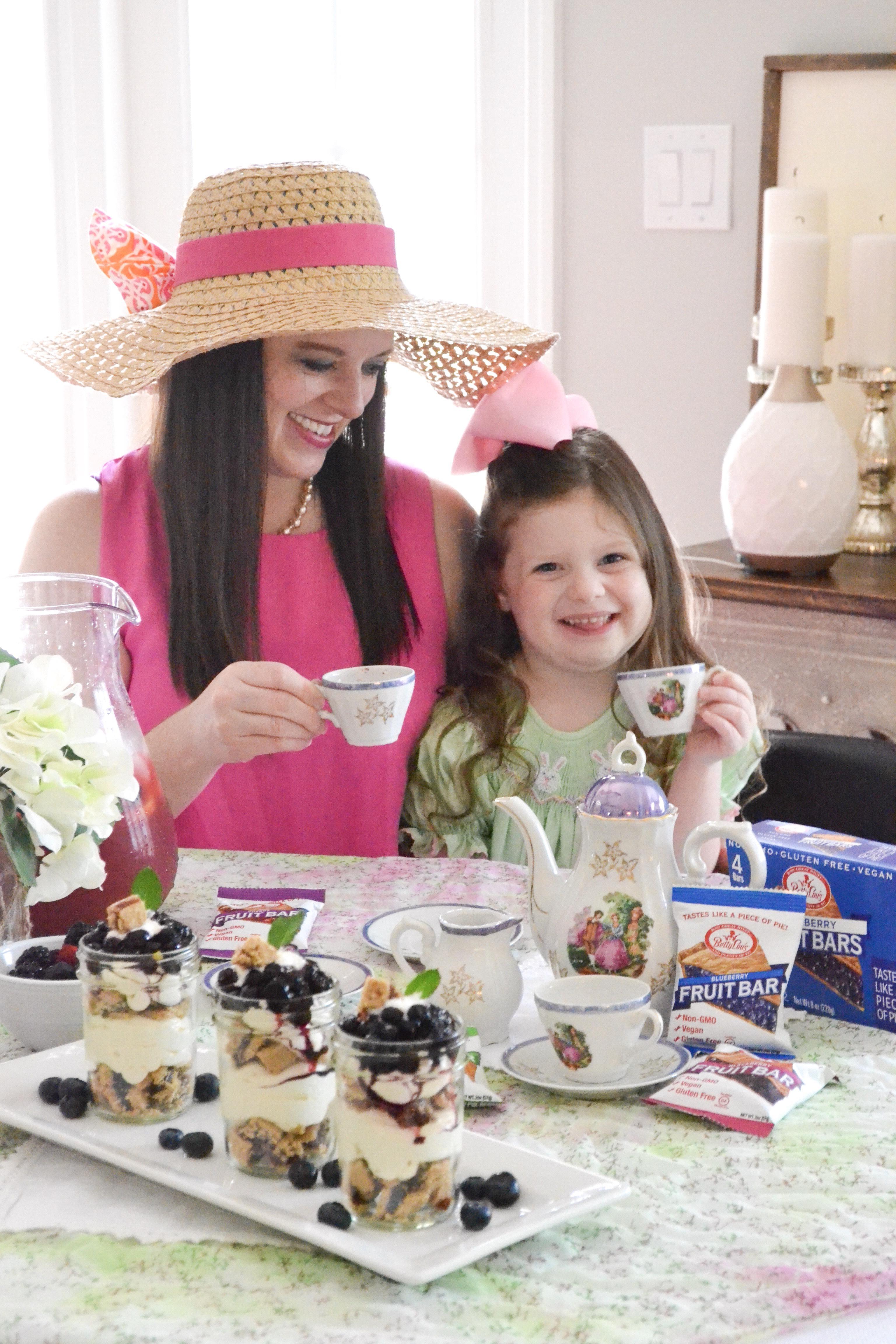 Gluten Free Skinny Berry Cheesecake Trifles #ad #BettyLousAtWalmart #PMedia