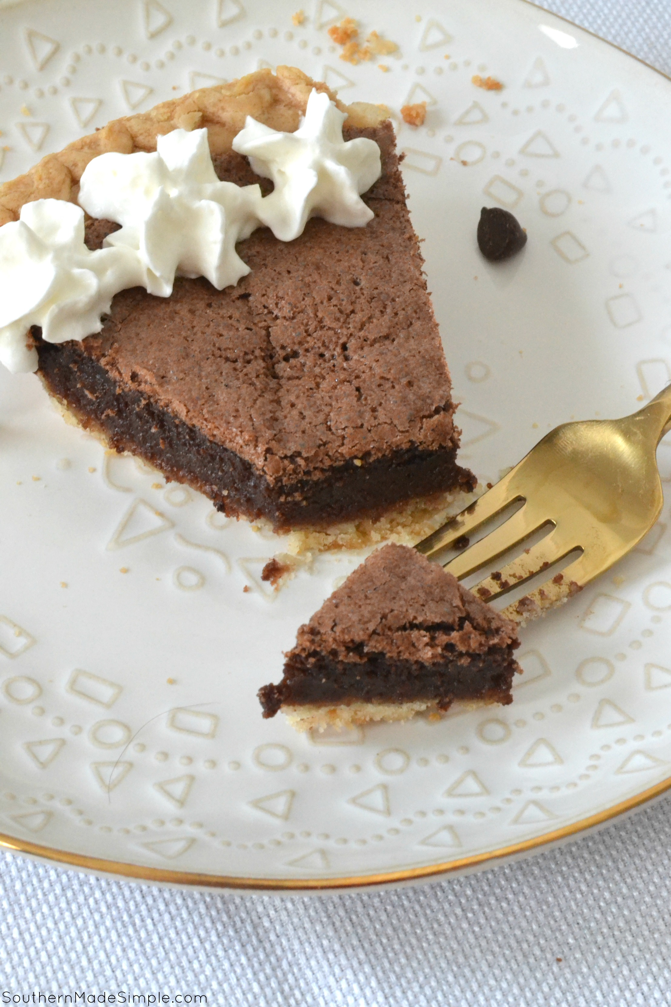 Old Fashioned Chocolate Fudge Pie