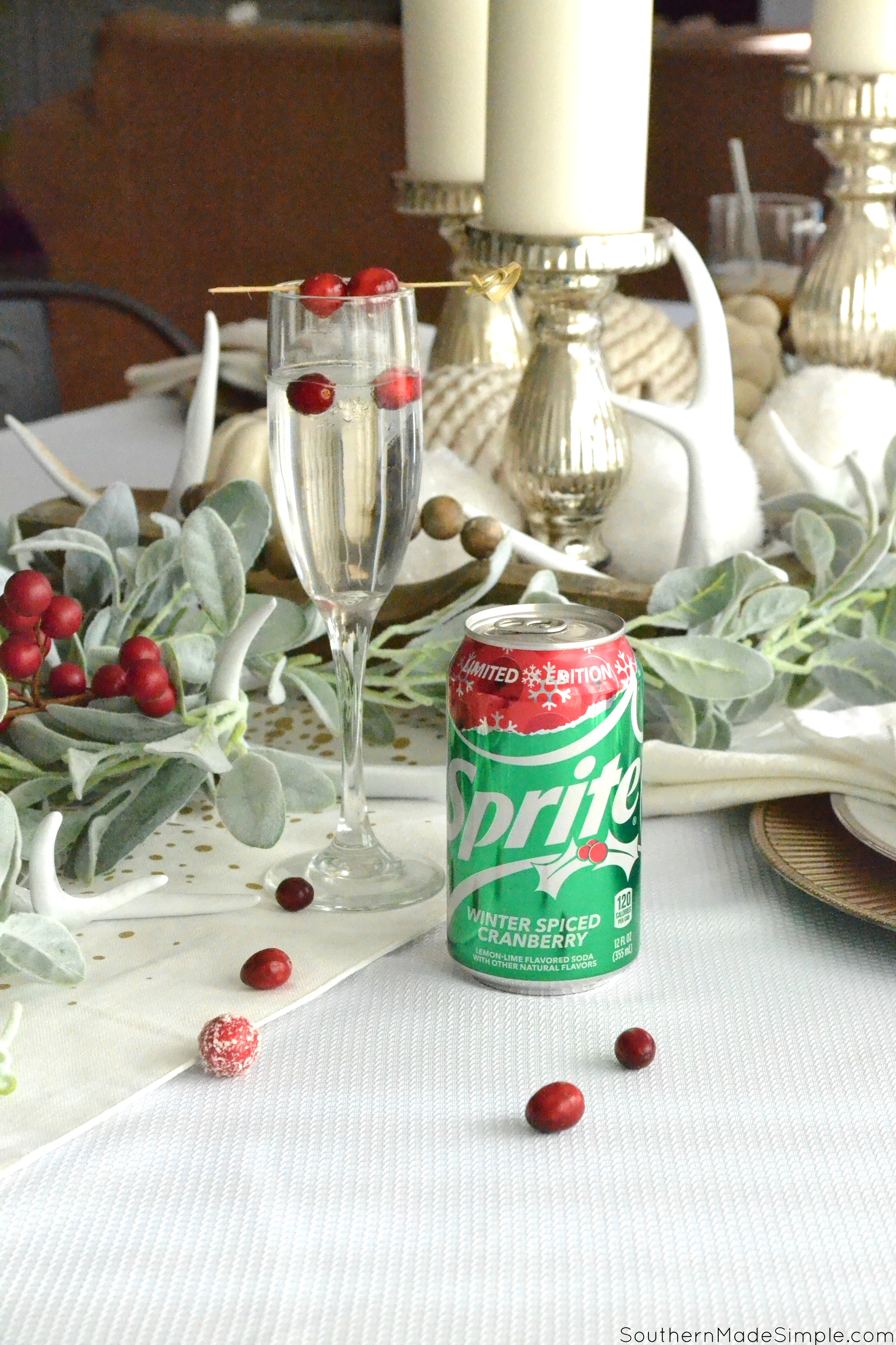 How to Create a Winter White Harvest Tablescape #CocaColaHolidaySpice