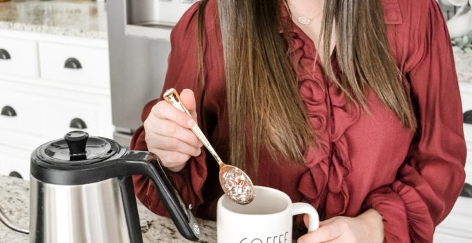 Stirring Up Holiday Sweetness with Chocolate Dipped Stirring Spoons & Mr. Coffee®